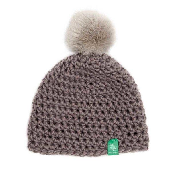 Rico Design Wild Wild Wool Häkelset Mütze mit Bommel